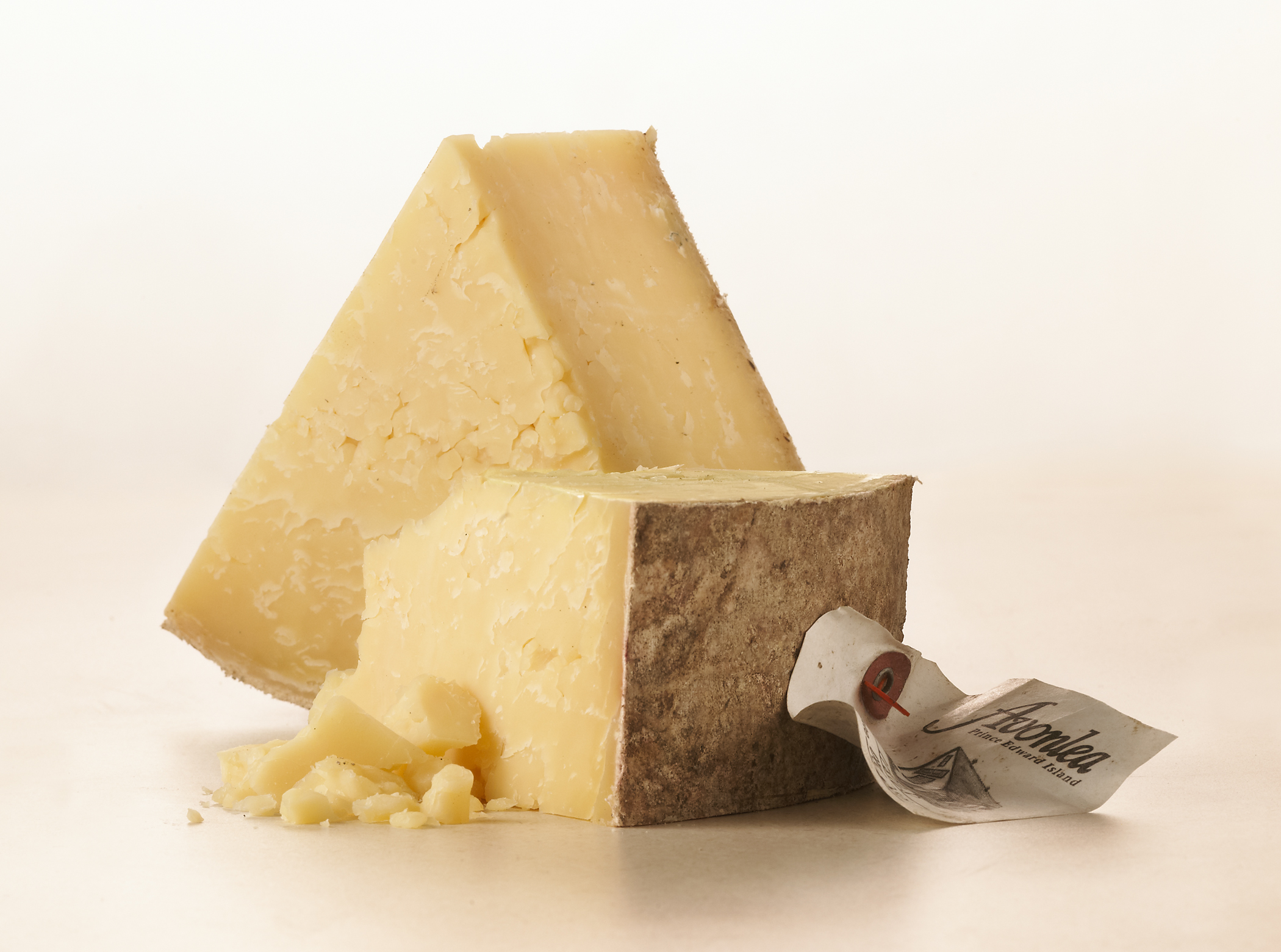 Avonlea Clothbound Cheddar: 2016 Canadian Cheese of the Year.